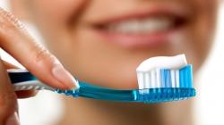 بهترین روش مسواک زدن - چگونه مسواک بزنیم؟ آیا نخ دندان مفید است؟ | مجله سلامت و دانلود مداحی